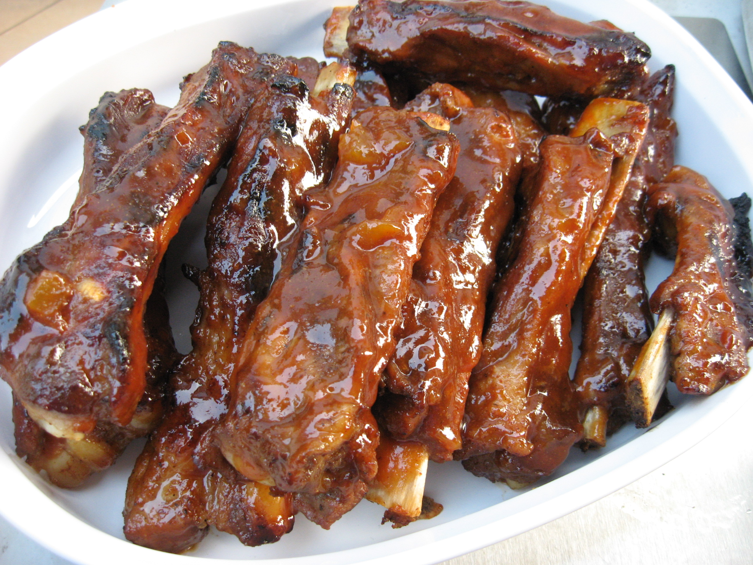 Spare Ribs With Homemade Bbq Sauce Bored Cook In The Kitchen